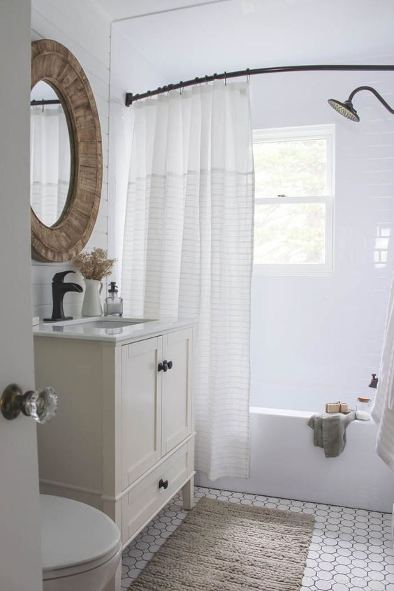 7 Ideas for Your Small Bathroom - Bon Brise Design